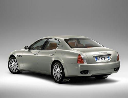 hd1-Maserati-Quattroporte.jpg