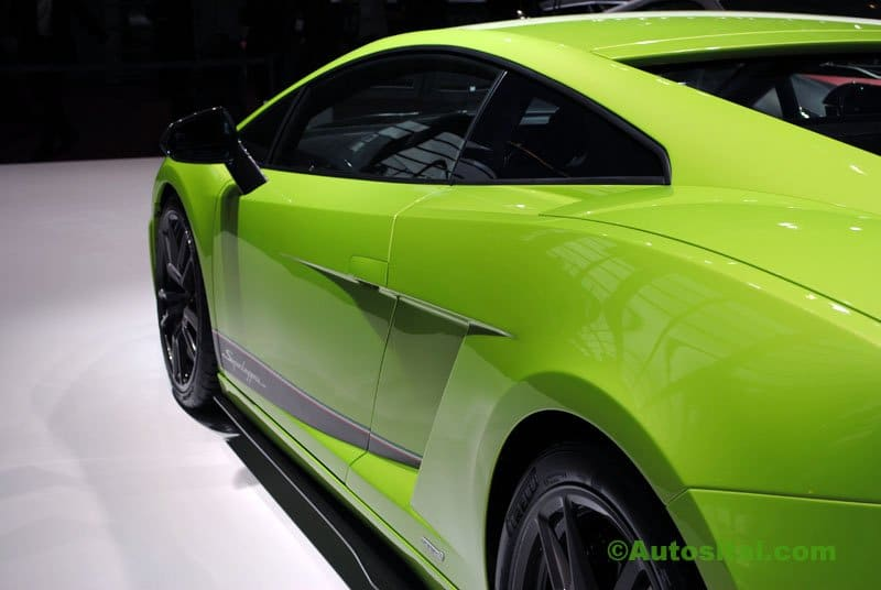 Lamborghini-Mondial-2010-001.jpg