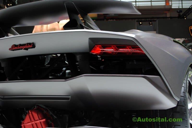 Lamborghini-Mondial-2010-012.jpg
