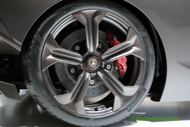 Lamborghini-Mondial-2010-015.jpg