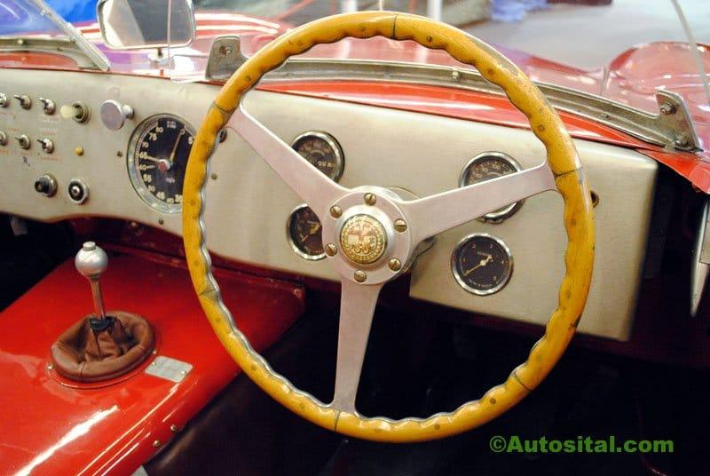 Retromobile-2011-016.jpg