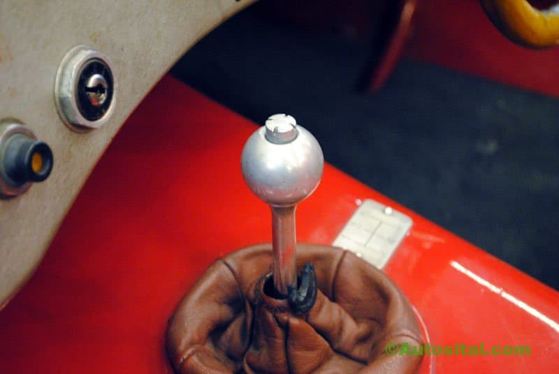Retromobile-2011-022.jpg