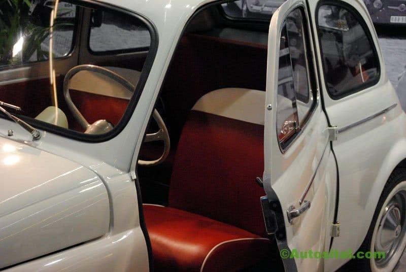 Retromobile-2011-120.jpg