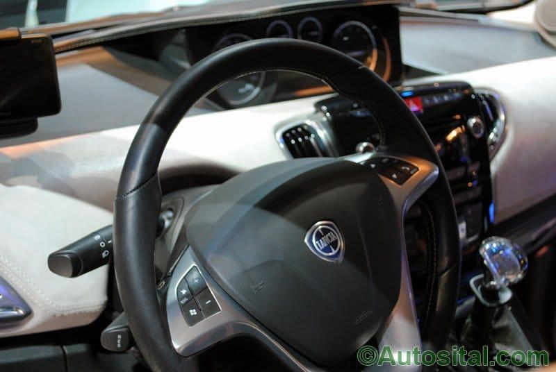 Francfort 2011 - Lancia Ypsilon Diamond