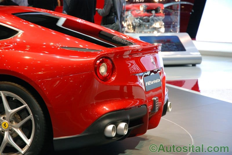 Stand Ferrari - Salon de Genève 2012