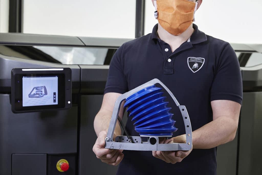 Lamborghini soutient Siare dans la production de respirateurs artificiels contre le coronavirus