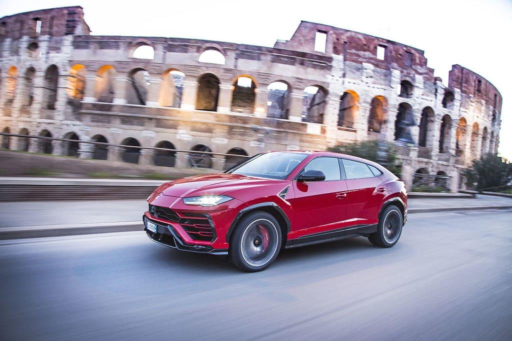 Réouverture de l'usine Lamborghini et annonce d'un nouveau modèle