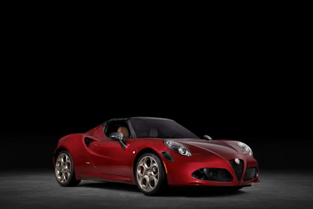 Alfa Romeo 4C Spider 33 Stradale Tributo, un hommage pour dire au revoir