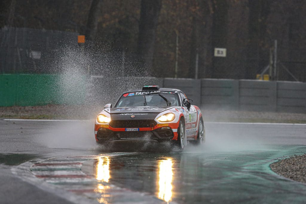 Troisième titre consécutif en R-GT pour l'Abarth 124 Rally
