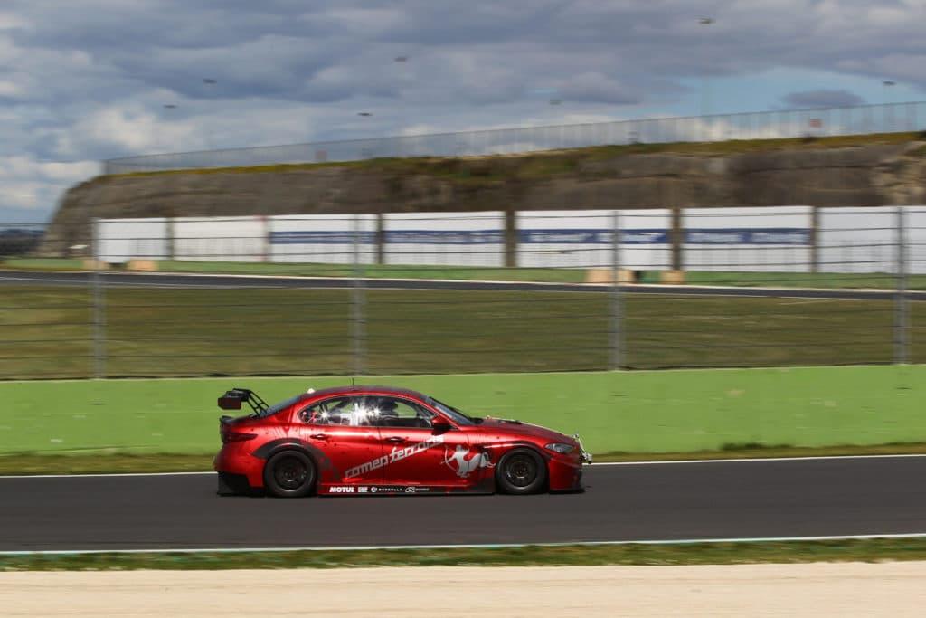 Premiers essais et premier pilote pour la Giulia ETCR by Romeo Ferraris