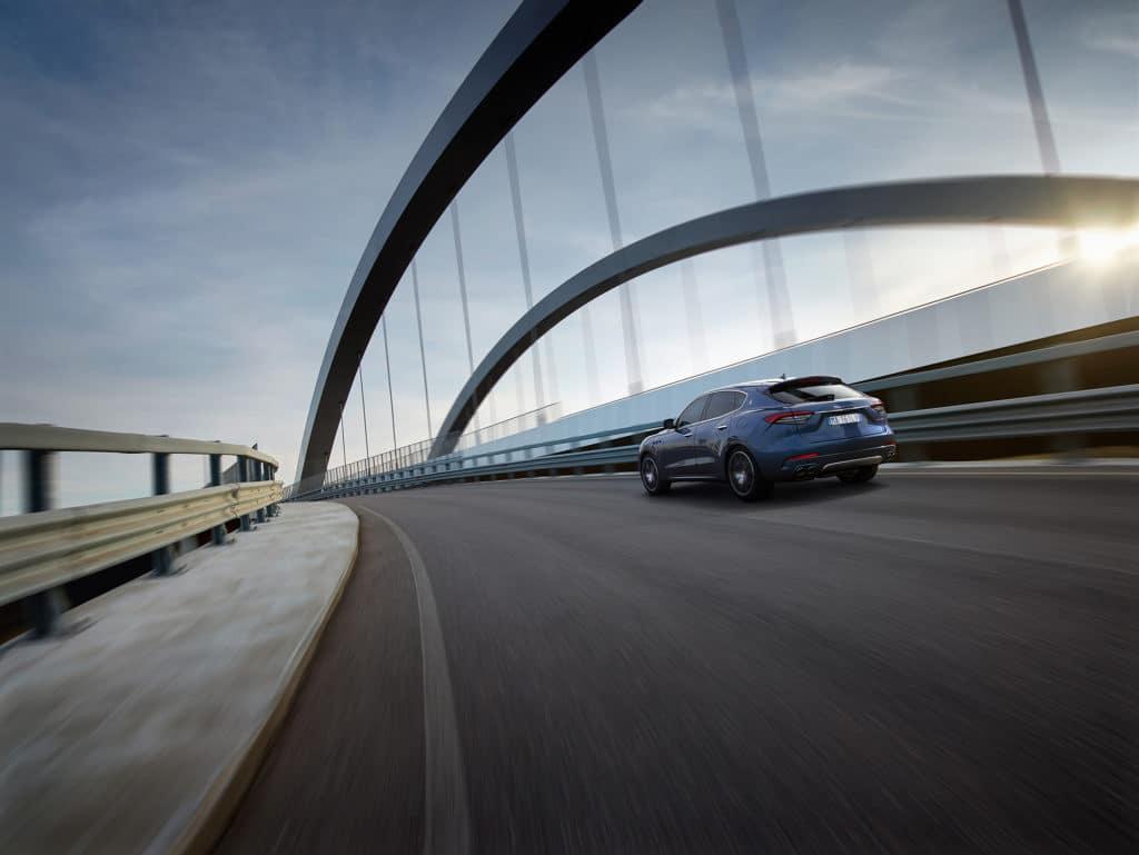 Maserati Levante Hybrid (2021)