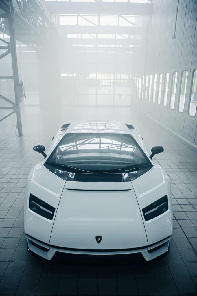 Lamborghini Countach LPI 800-4-25