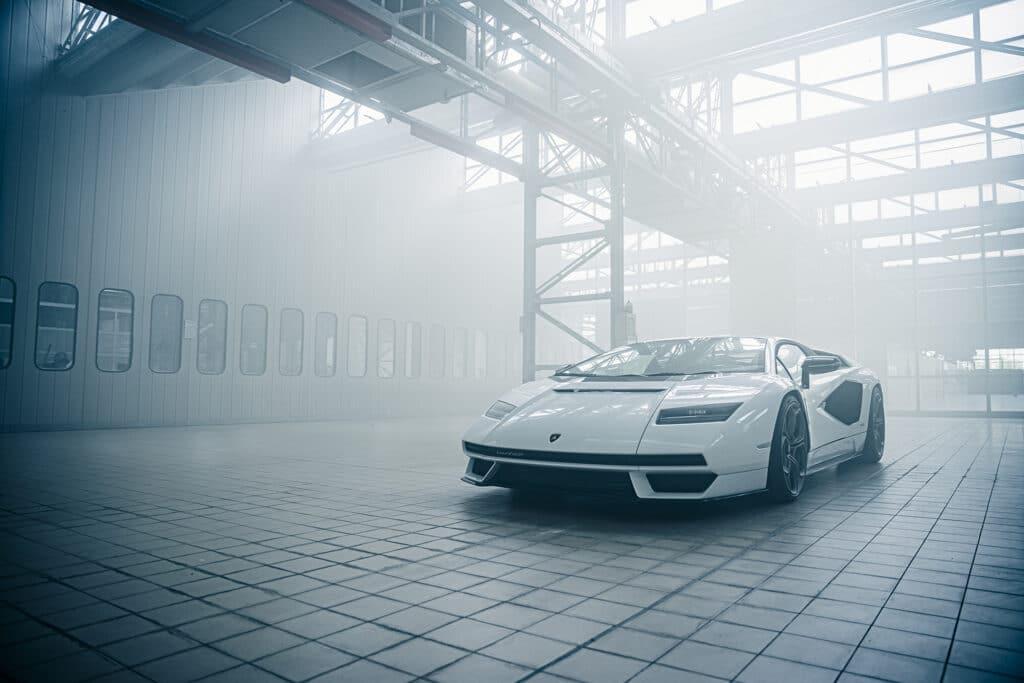 Lamborghini Countach LPI 800-4-26
