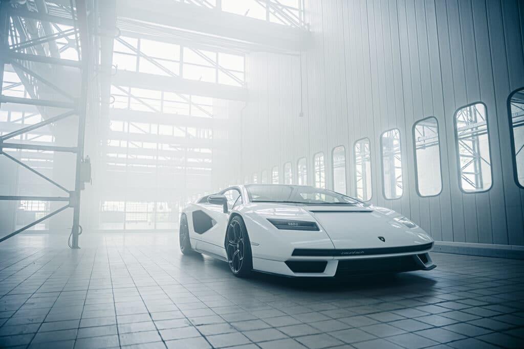 Lamborghini Countach LPI 800-4-27