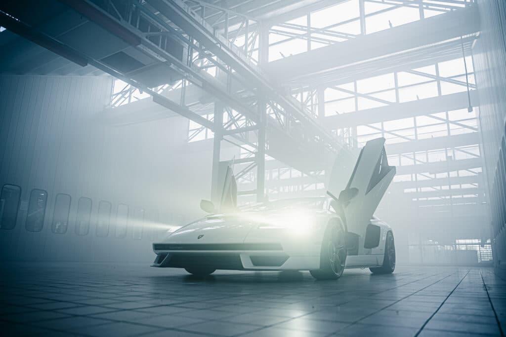Lamborghini Countach LPI 800-4-30