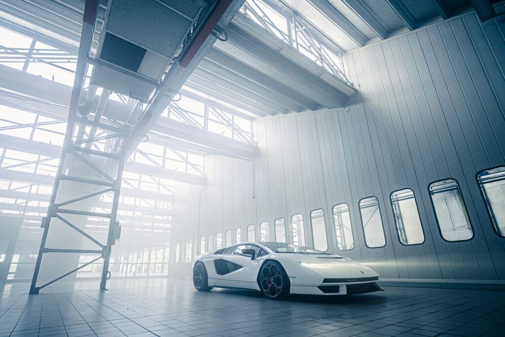 Lamborghini Countach LPI 800-4-31