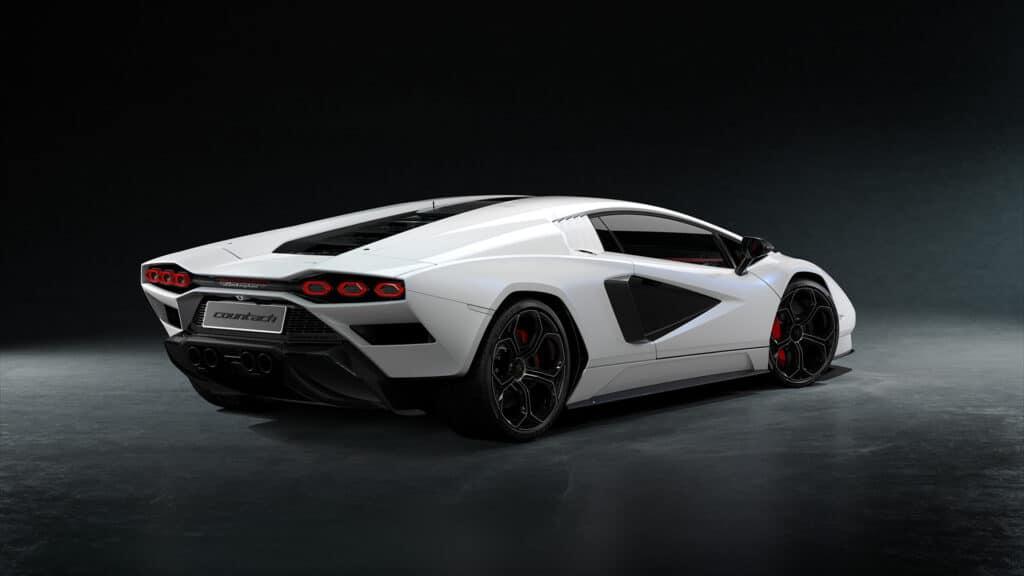 Lamborghini Countach LPI 800-4-69