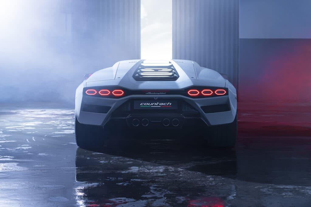Lamborghini Countach LPI 800-4-77