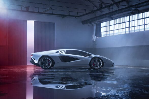 Lamborghini Countach LPI 800-4-81