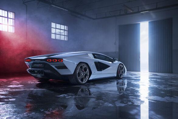 Lamborghini Countach LPI 800-4-83